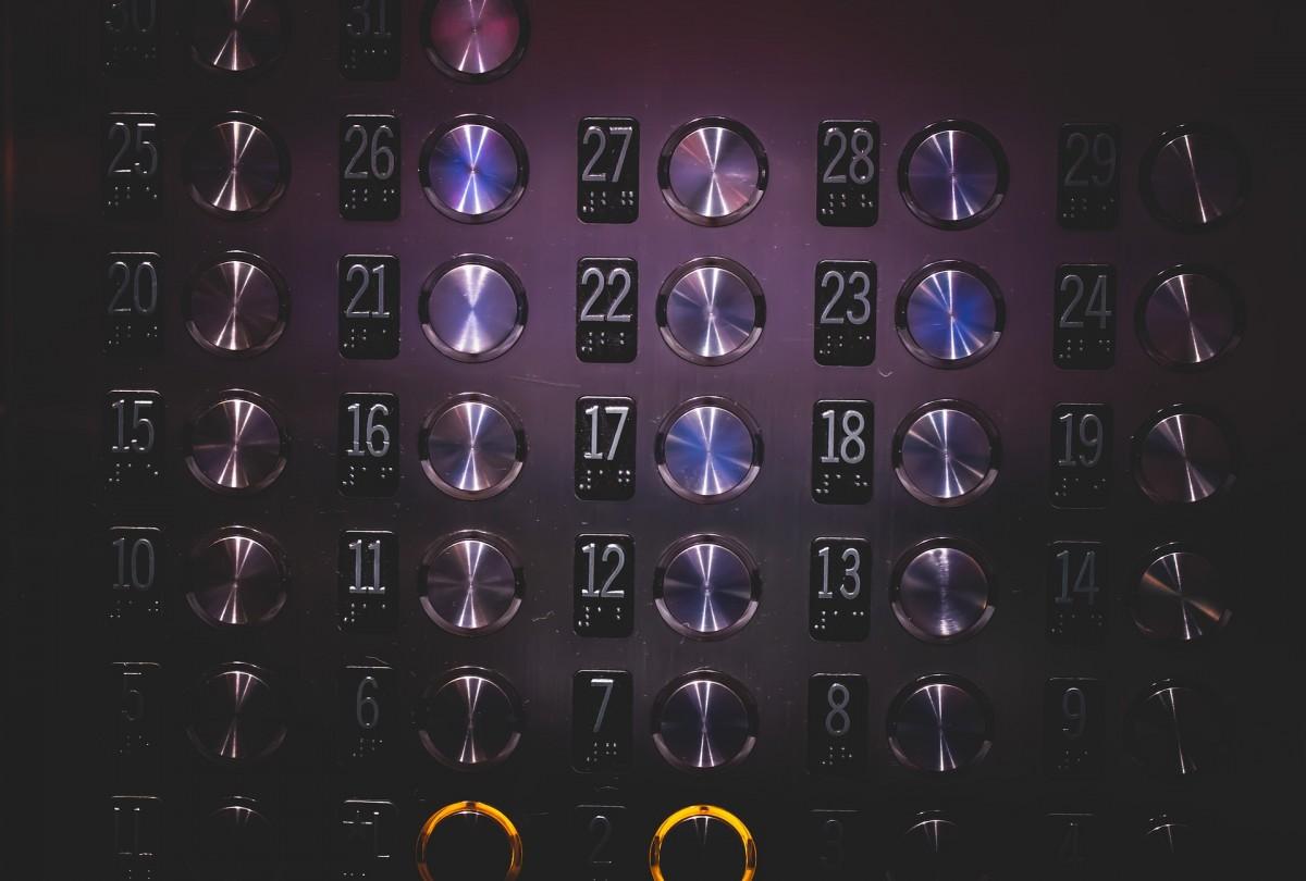 ascensorista em Santos